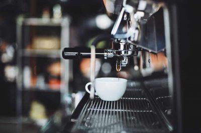 La machine à café automatique avec broyeur