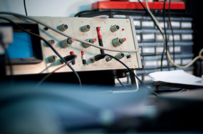 AXITEST, fournisseur d'analyseur de réseaux vectoriels et d'appareil de mesure